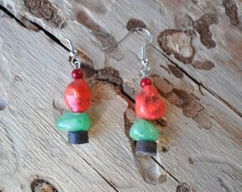 Orange Brown and Green Earrings - 011