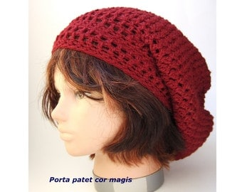 Crocheted Beanie in beautiful bordeaux red made from organic wool