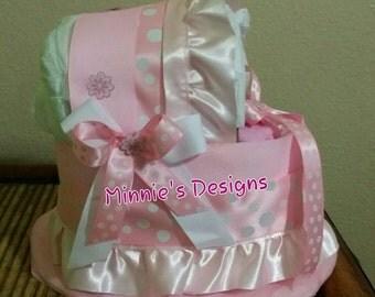 Baby girl babyshower, Baby girl bassinet diaper cake, Baby girl centerpiece,  Baby pink diaper cake. Bassinet diaper cake centerpiece,  Pink