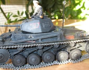 Pzkpfw II Ausf F.  1/35 with interior panzer tank ww2 german