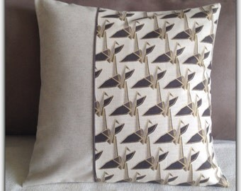 Cushion cover in printed Japanese fabric origami cranes