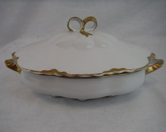 1940's  Warwick Covered Casserole/Vegetable Ceramic Dish-Vintage-Collectible-Decorum-Usable