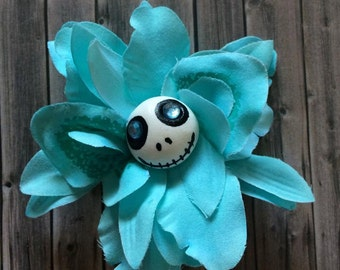 Skull flowers hair clips