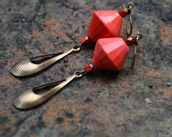 Retro Coral Glam Earrings