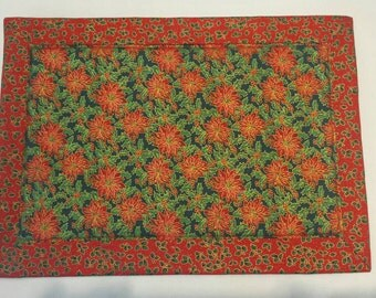 Placemats Set of 4 Heat Resistant Fabric Christmas, Poinsettia