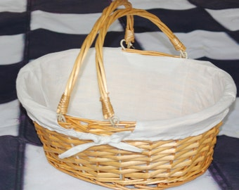 Handwoven Basket with White Lining