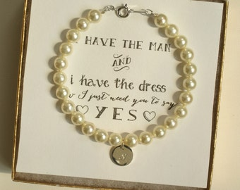 Personalized Bridesmaid Pearl Bracelet with initial, Personalized Bracelet, Bridesmaid Jewelry Pearl, Bridesmaid Proposal Jewelry, BW1, PR1