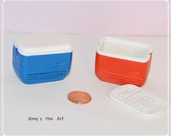 1:12 Dollhouse Miniature cooler / Miniature ice chest dollhouse supplly AZ A3108