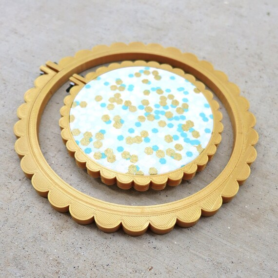 3D Printed Pearlescent Gold Scalloped Embroidery Hoop