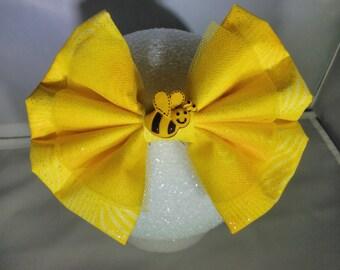 Yellow Honey Bee Hair Bow