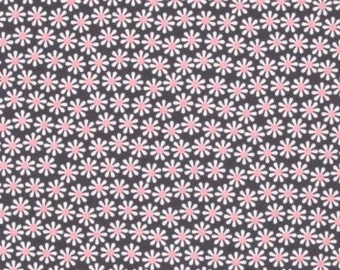 Michael Miller Daisy Flowers in Bloom (Gray & Petal Pink) - 1 yard