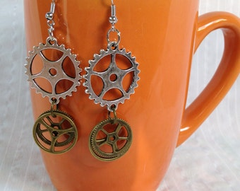 Steampunk earrings with gears