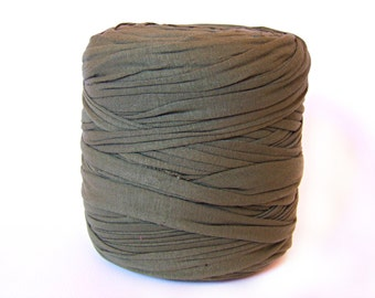 Army green T-shirt yarn, recycled t shirt yarn, tshirt yarn, recycled cotton yarn, jersey yarn, tricot yarn, yarn carpet, bulk yarn