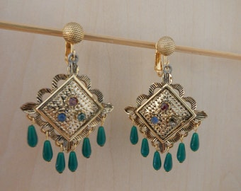 Vintage Dangling Earrings