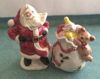 Fitz and Floyd F&F Santa and Bag of Toys Salt and Pepper Shakers