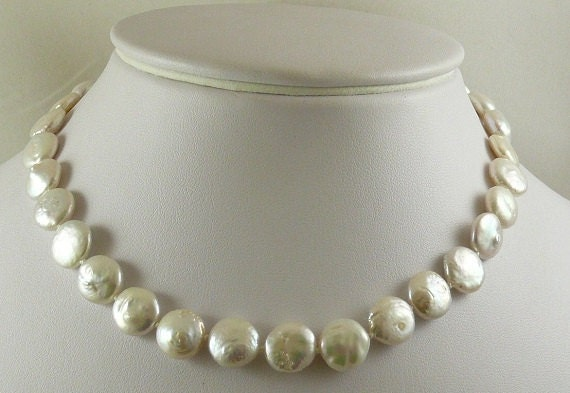 Freshwater Coin Shape Pearl Necklace 10.1mm - 11.5mm 14K Yellow Gold