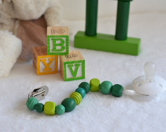 Wooden beads pacifier clip - Green, Pink or Blue