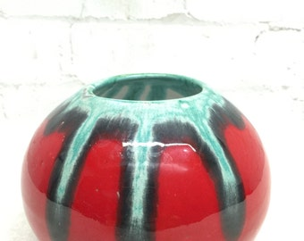 Shiny Red Round Vase