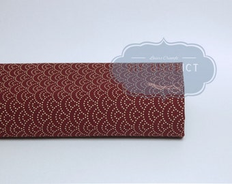 Japanese fabric dotted Seigaiha bordeaux.