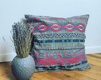 Nice cushion ethnic style