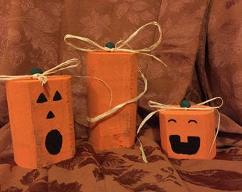 FREE SHIPPING Fence Post Pumpkins