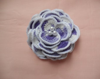 Crochet white violet rose with 3 pearls on the center