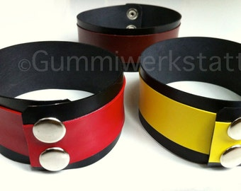 Rubber wristband or biceps-band with hanky code / color code