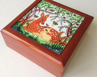 Mother's Day Gift - Keepsake or Jewelry Box