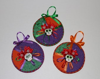 Day of the Dead Decor-Dia de los Muertos Decor-Sugar Skull Wall Decor-Sugar Skull Ornament-Day of Dead Wall Hanging-Purple Ornament-Set of 3