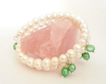 Pearl Memory Wire Bracelet, Green Pearl Bracelet, Silver Plated Memory Wire Pearl Bracelet, No Clasp Bracelet