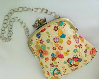 Classic style clasp purse with chain ことりがま
