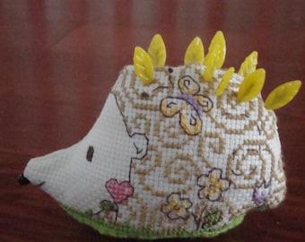 Hettie Hedgehog, Pincusion