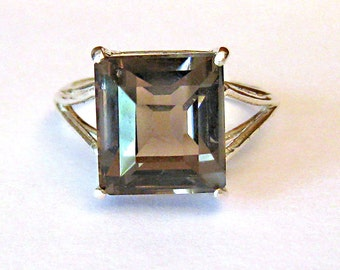 Size 7 Smoky Quartz and Sterling Silver Ring