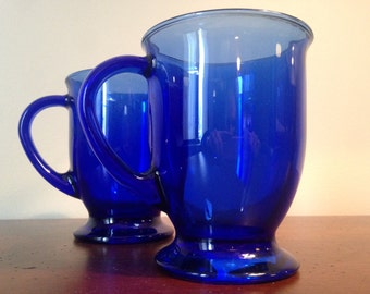 Cobalt Blue Glass Mugs - Set of 2 / Anchor Hocking Large Coffee Mugs / Footed Coffee Cups