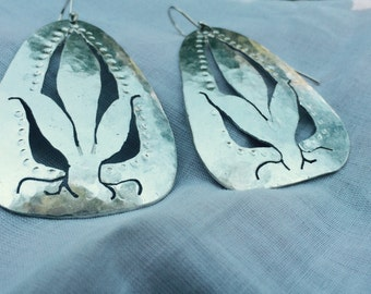 Seedling silver earrings