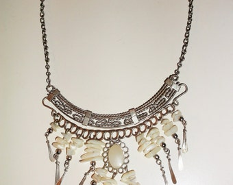 Handcrafted Silver Toned Necklace With Mother-Of-Mother-Pearl