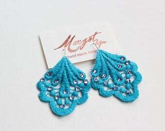 Lace Earrings/Swarovski Earrings/Chandelier Earrings/Statement Earrings/ Fashion Earrings