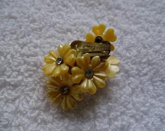Yellow daisy clip earrings