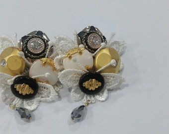 Lace and vintage button earring