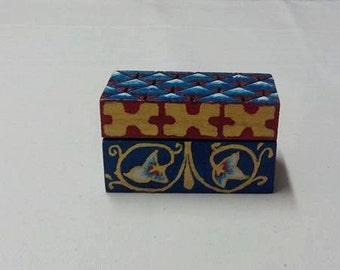 Small box: flowers