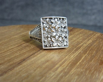 Vintage, Plumeria Ring, Sterling Silver, 925, Silver, Floral, Unique, Flowers, Hawaii, Tropical, size 8