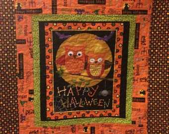 REDUCED PRICE Halloween wallhanging/lap quilt