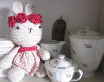 FLEUR, Amigurumi, Crocheted Doll, Handmade Doll, Sewing Doll,