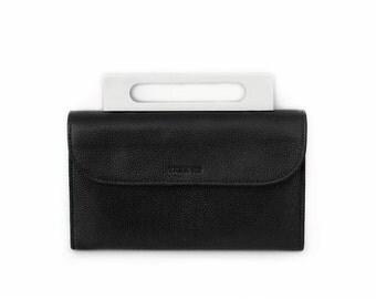 Yama KO minimaliste leather handbag, woman small crossbody bag, Personalized leather bag | Sac a main cuir femme, cadeaux personnalisé