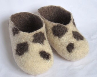 Merino Wool felted baby shoes