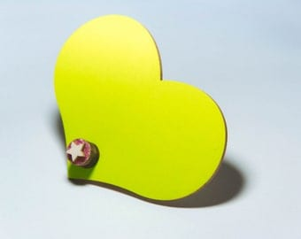 Pop Bang-Yellow Heart, brooch