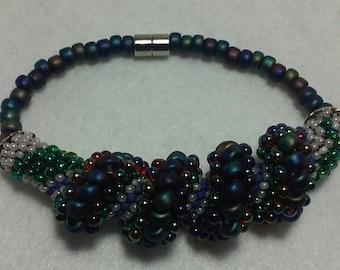 Beaded bracelet, cellini spiral.
