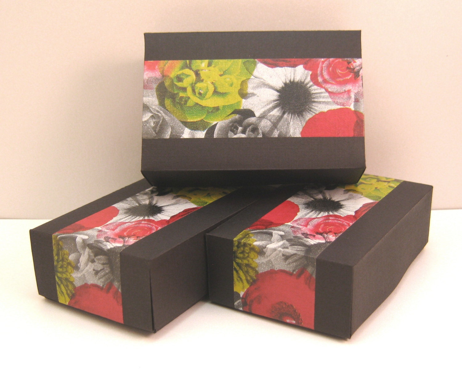 Gift boxes set of 3 black linen with modern floral for Black box container studios