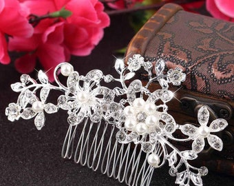 Bridal Hair Comb, Wedding Hair Comb, Pearl and Crystal Hair Comb, Bridesmaid Hair Comb