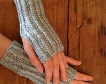 Japanese grey wool mittens